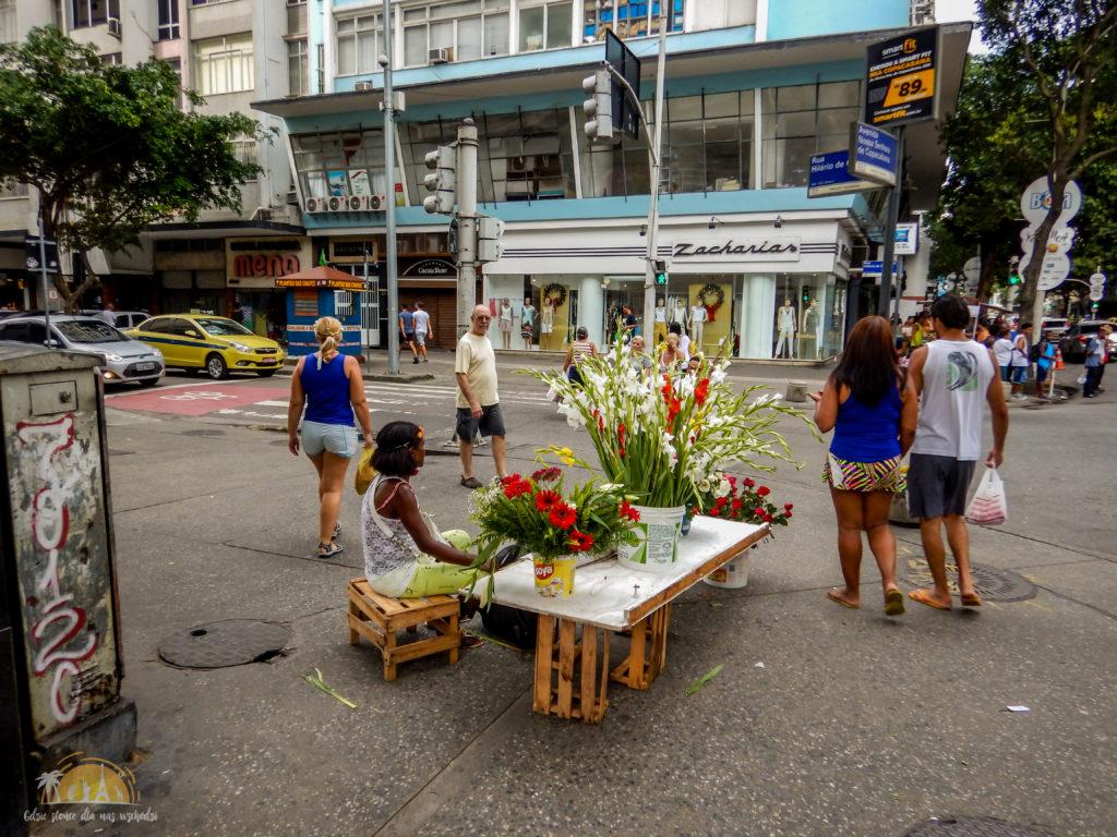 Kolorowy stragan w Rio de Janeiro