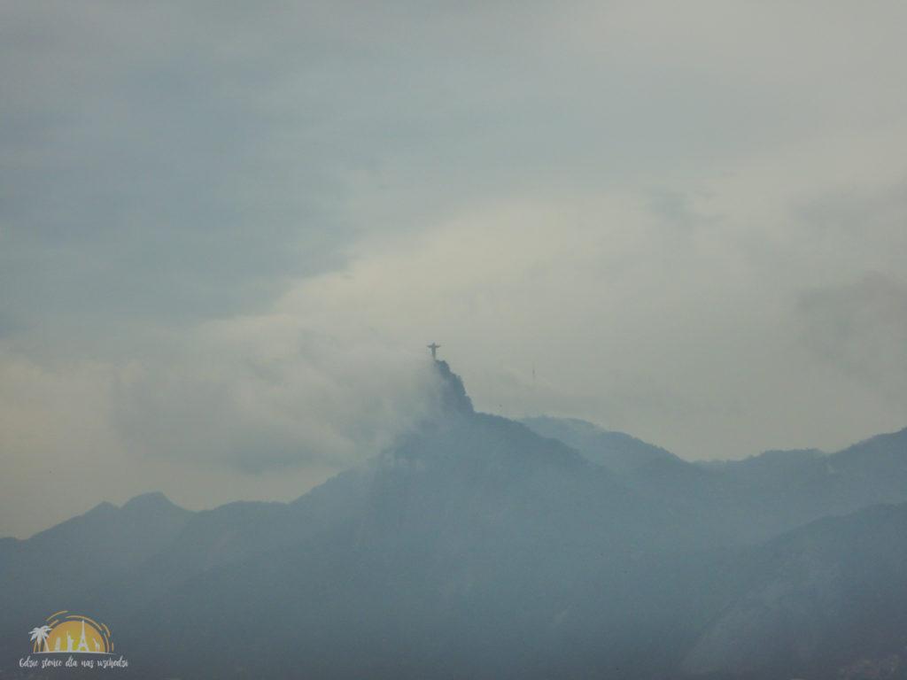 Jezus Odkupiciel w chmurach