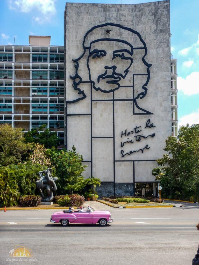 Che Guevara - Hasta la Victoria Siempre