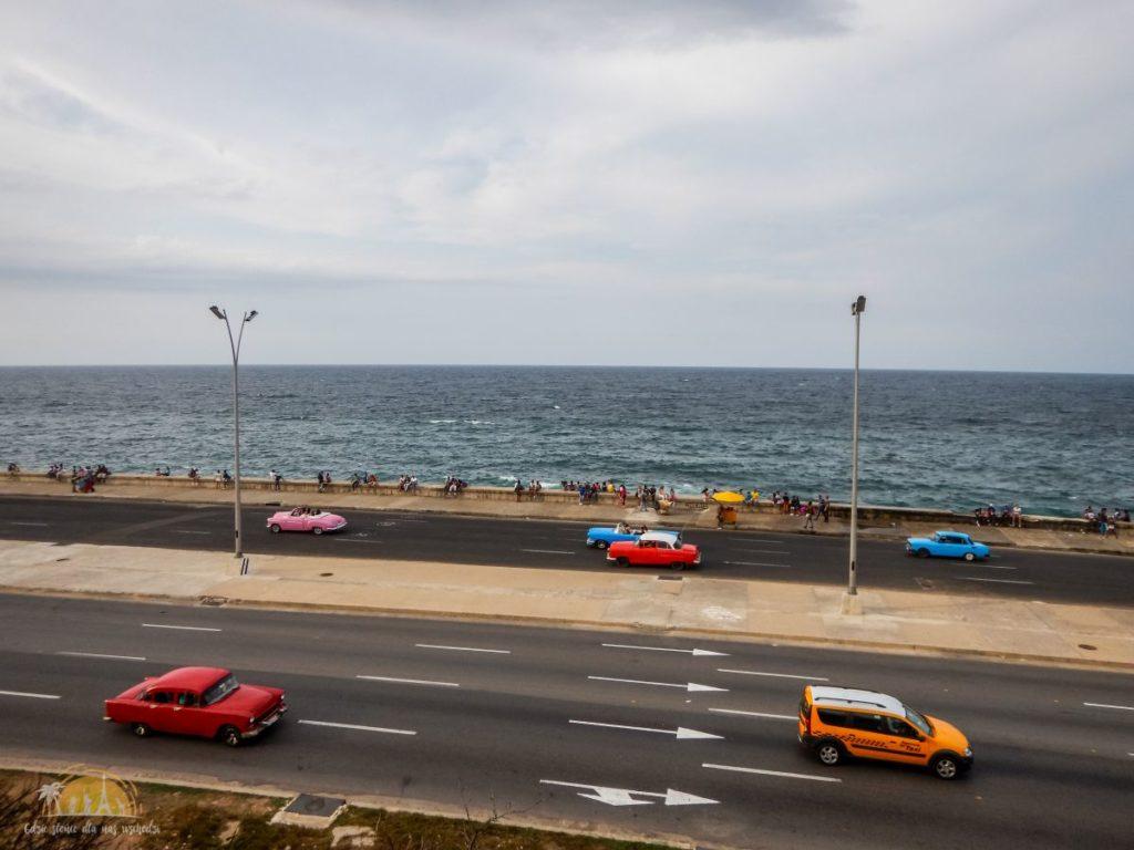 Malecón póżnym popołudniem - widok z Hotelu Nacional