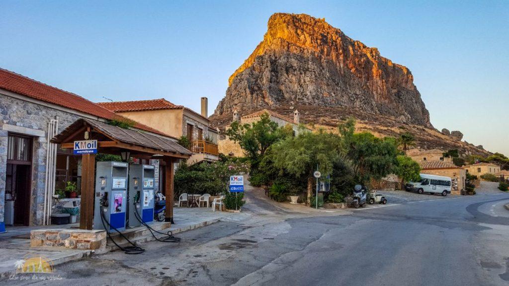 Grecja Monemavasia widok od strony grobli