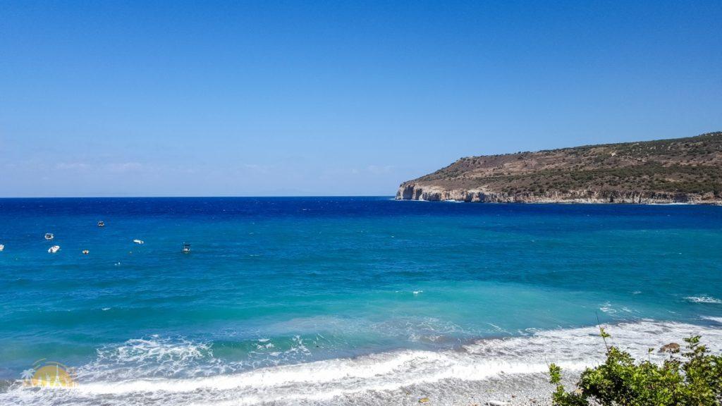 Grecja pólwysep Mani - zatoka przy jaskini Dirós