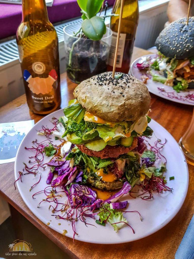 co jak co poznan burger jak w japonkach