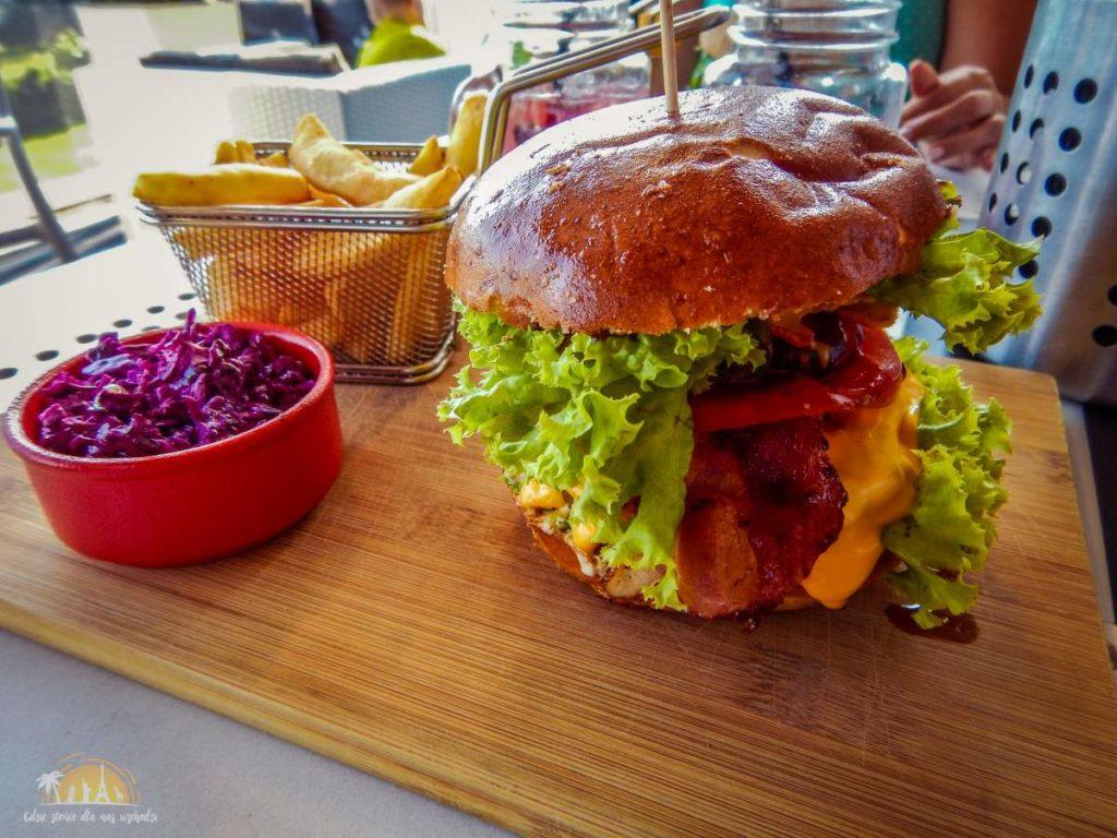 podkladka restauracja burger ostry 1
