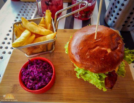 podkladka restauracja burger ostry
