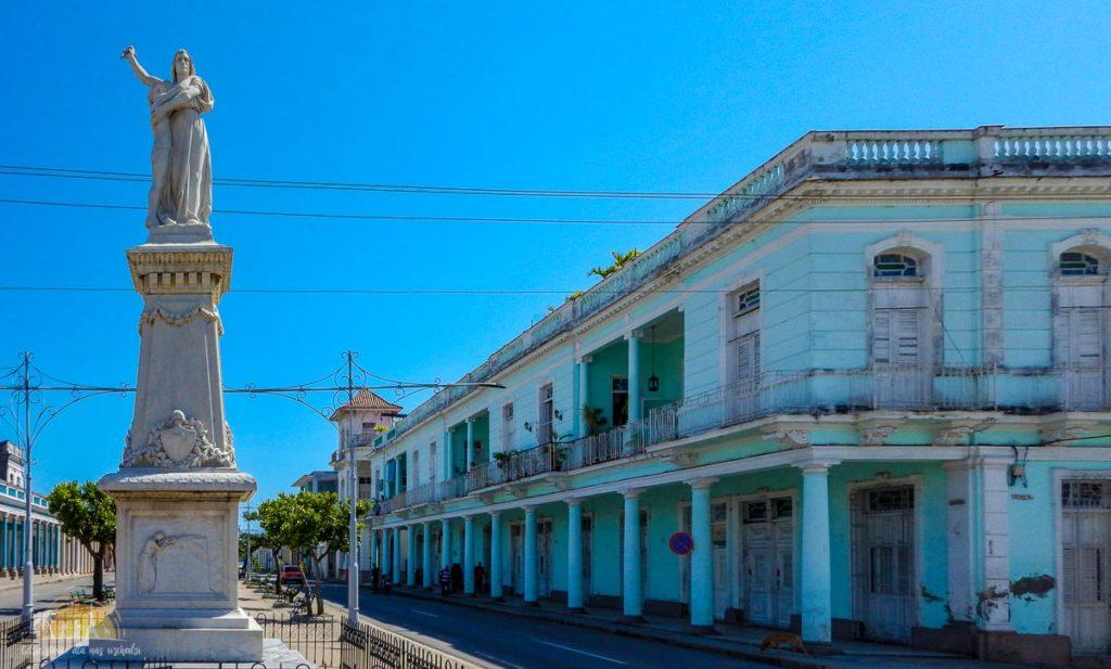 Kuba Cienfuegos Paseo del Prado