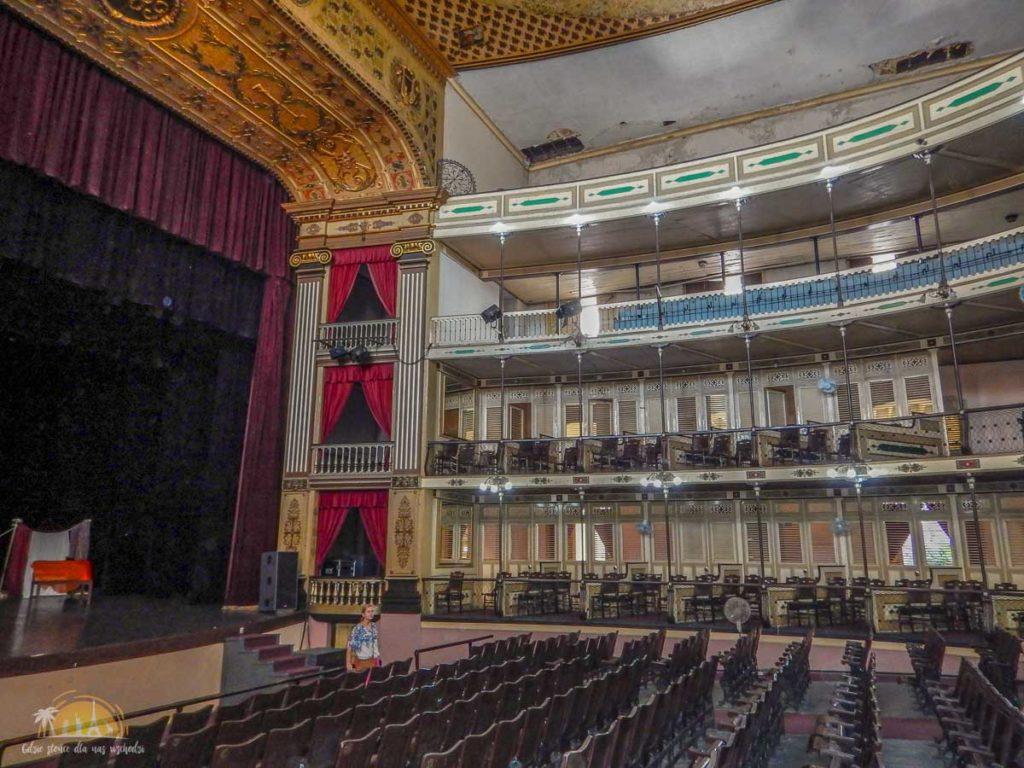 Kuba Cienfuegos Teatro Tomás Terry 2
