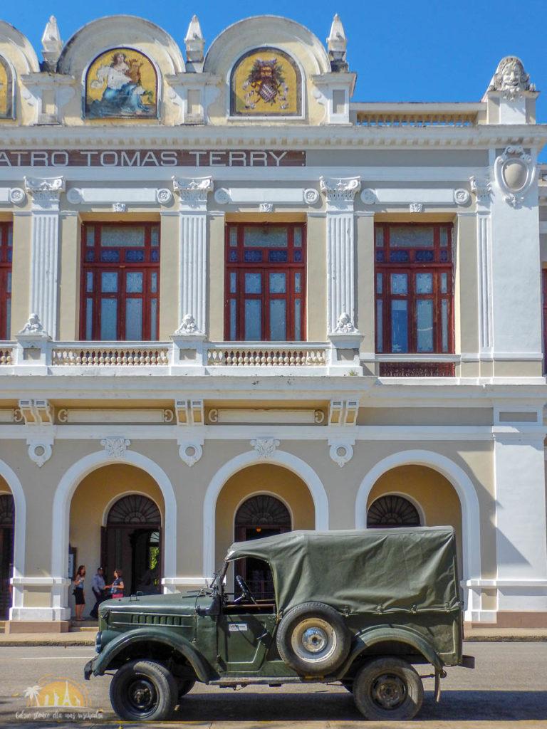 Kuba Cienfuegos Teatro Tomás Terry
