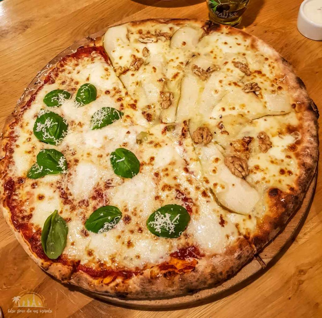 Pizzeria Pesto Wloclawek 3 Pizza di Buffala_