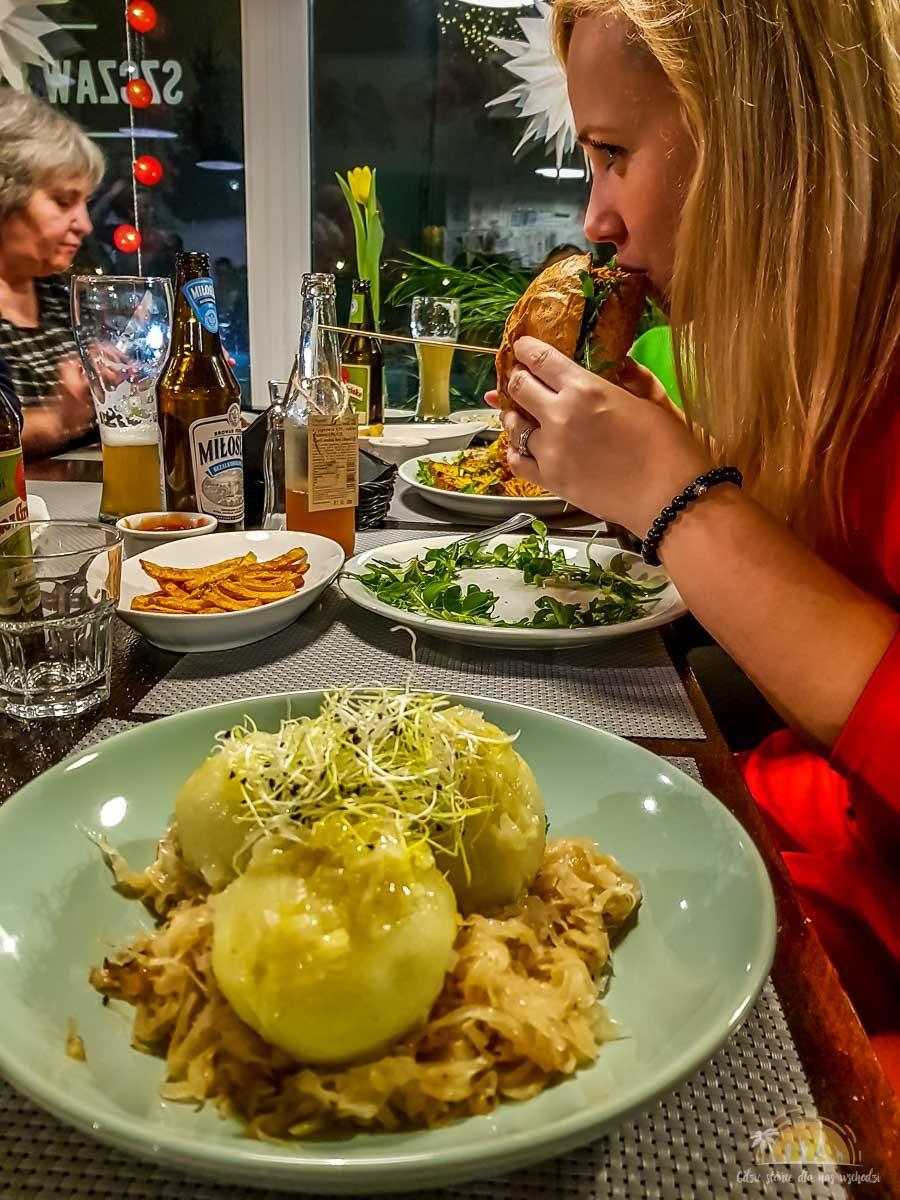 Szczaw i Mirabelki restauracja pyzy Poznań 2