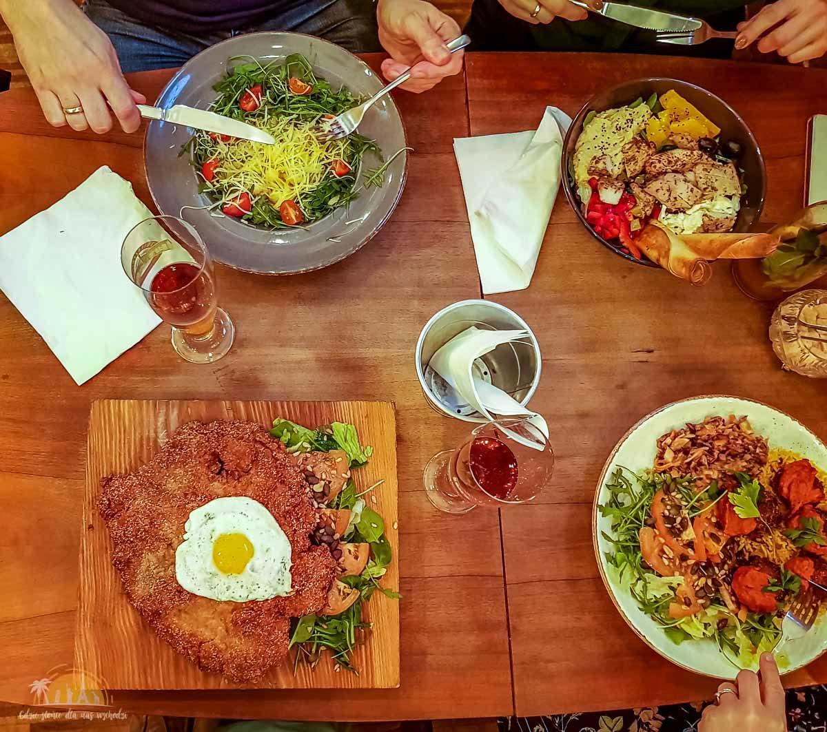 Zdolni poznan restauracja_