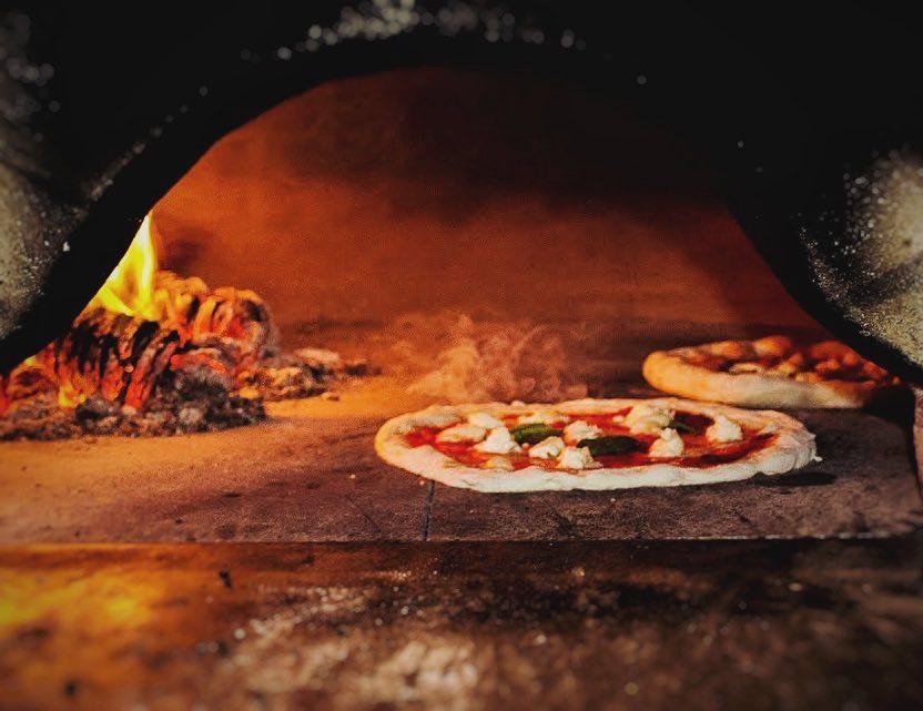 Pizzeria Frontiera Poznań piec opalany drewnem