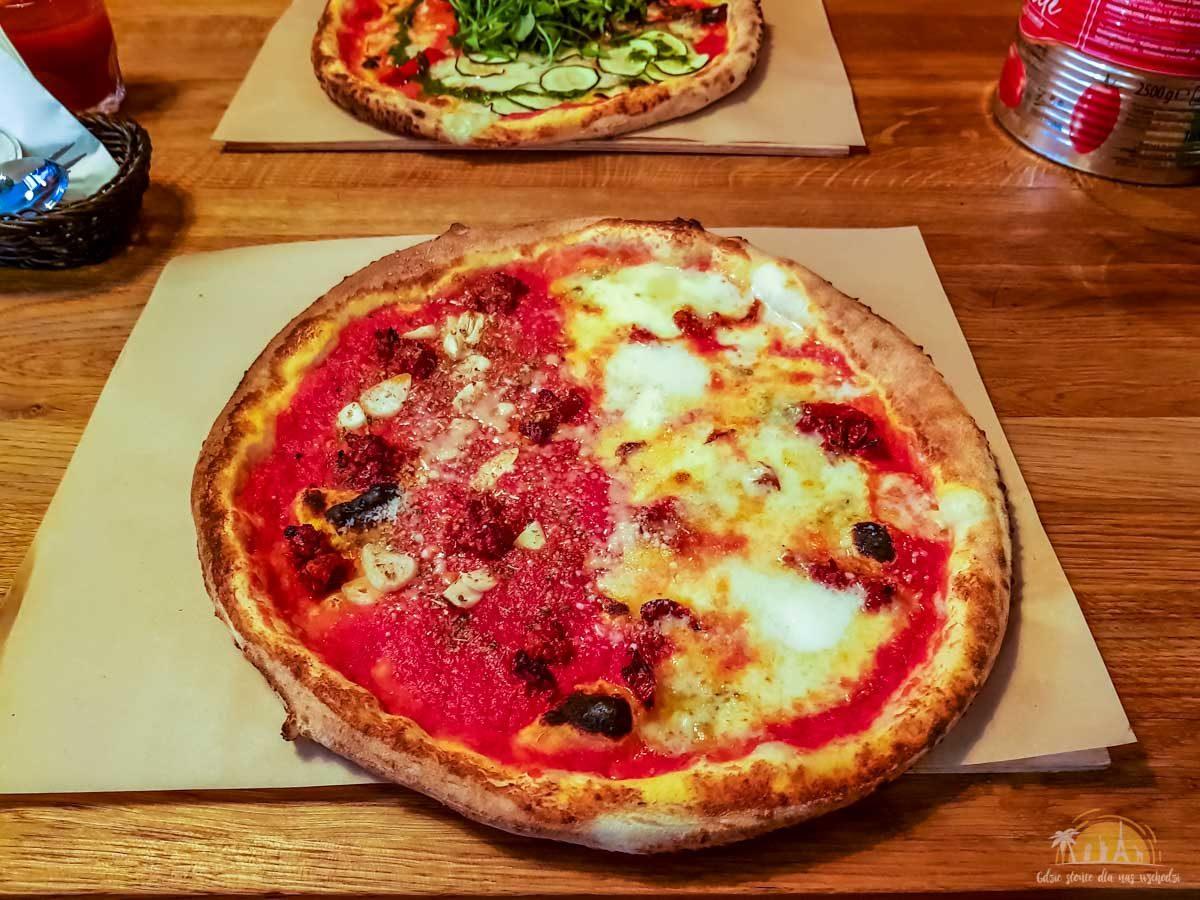 Pizzeria Frontiera Poznań pizza 1
