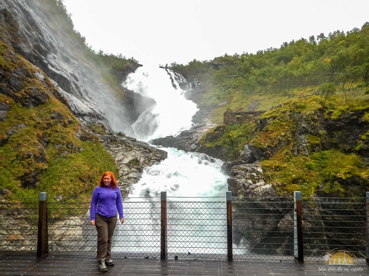 Flamsbana Norwegia Atrakcje Kjosfossen 12