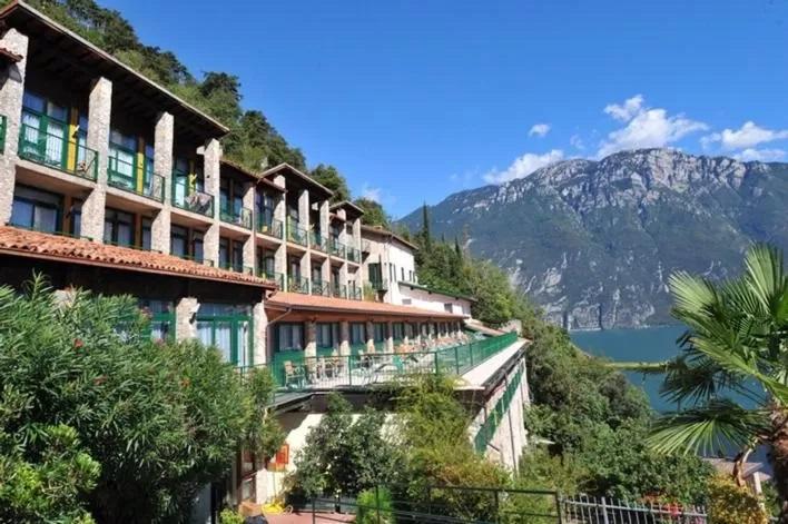 Nocleg Hotel Jezioro Garda Centro vacanze la Limonaia